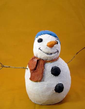 איש שלג מעיסות נייר