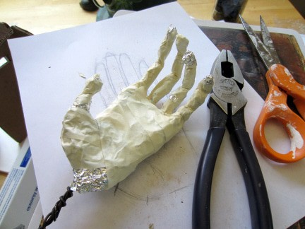 Chimpanzee Sculpture - Hand Armature Step 5